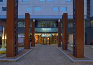 Radisson Blu Hotel, Liverpool (1 of 40)