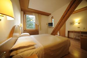 Hotel Vioz, Hotely  Peio Fonti - big - 3