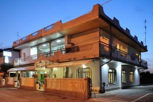 Hotel Lidia - AbcAlberghi.com