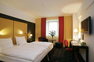 Vienna House Easy Airport Bucharest, Hotely  Otopeni - big - 4