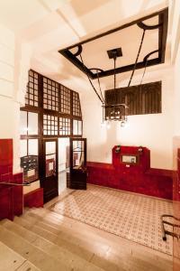 Studio - 1061. Liszt Ferenc tér 5.