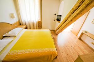 Hotel Vioz, Hotely  Peio Fonti - big - 25