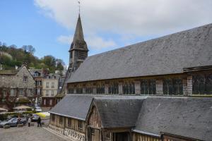 Chambres Houdaille, Affittacamere  Honfleur - big - 51