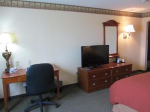 Suite de 1 dormitorio con cama grande y sofá cama - No fumadores