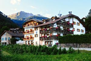 Hotel Montanara - AbcAlberghi.com