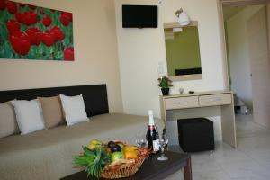 Lyristis Studios & Apartments, Апарт-отели  Фалираки - big - 21