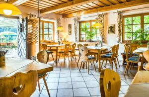 Alpengasthof Madlbauer, Гостевые дома  Бад-Райхенхаль - big - 32