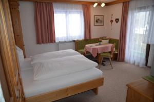 Apartmenthaus Bader, Apartmány  Leutasch - big - 17
