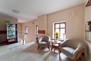 Apartamenty Pod Lwem, Vendégházak  Świdnica - big - 26