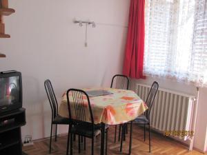 Gábor Apartman, Апартаменты  Дьюла - big - 3