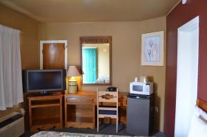 Classic Inn Motel, Motel  Alamogordo - big - 18