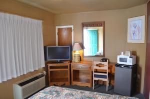 Classic Inn Motel, Motel  Alamogordo - big - 17