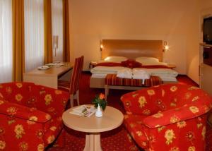 Hotel Hirschen, Hotely  Glottertal - big - 2