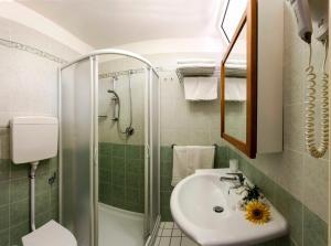 Strand Hotel, Hotels  Gabicce Mare - big - 25