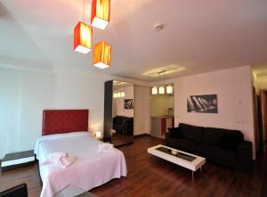 Apartamentos Turisticos Veladiez, Ferienwohnungen  La Lastrilla - big - 19