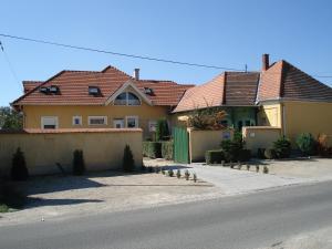 Viola Vendégház