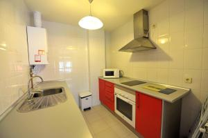 Apartamentos Turisticos Veladiez, Ferienwohnungen  La Lastrilla - big - 24