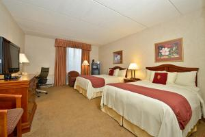 Business Queen Room with Two Queen Beds - Non-Smoking