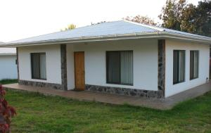 Bungalow (6 Adults)
