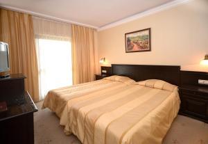 Interhotel Veliko Tarnovo, Отели  Велико-Тырново - big - 12
