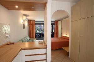 Residence Casa Di Caccia, Apartmánové hotely  Marina di Bibbona - big - 2