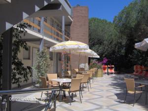 Residence Casa Di Caccia, Apartmanhotelek  Marina di Bibbona - big - 18