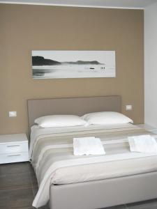 Residence Borgo Del Cigno, Apartmánové hotely  Spinone Al Lago - big - 17