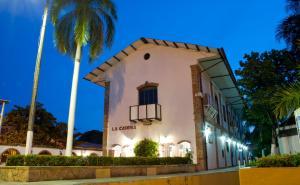 Hotel Los Puentes Comfacundi, Hotely  Girardot - big - 18