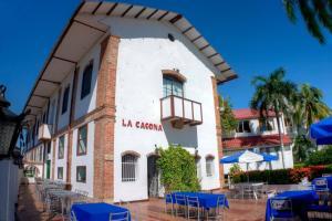 Hotel Los Puentes Comfacundi, Hotely  Girardot - big - 17