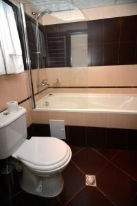 Interhotel Veliko Tarnovo, Отели  Велико-Тырново - big - 10