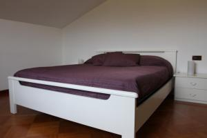 Silvia, Apartments  Sarzana - big - 19
