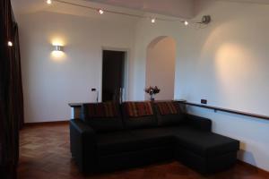 Silvia, Apartments  Sarzana - big - 16