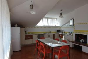 Silvia, Apartments  Sarzana - big - 1