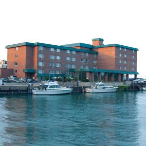 Holiday Inn Harborview-Port Washington