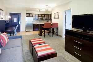 Executive One-Bedroom King Suite