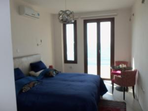 Beach Villa Pantheon, Vily  Pomos - big - 27