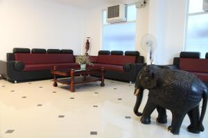 Phils' Residency & Banquets, Hotels  Cochin - big - 66