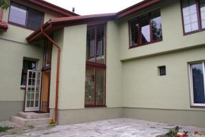Alonges Guest House