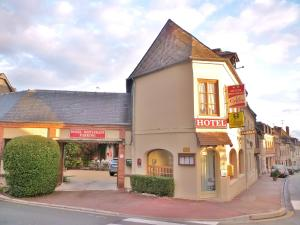 Hotel Restaurant Le Cygne, Hotely  Conches-en-Ouche - big - 32