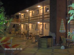 Residence Casa Di Caccia, Apartmanhotelek  Marina di Bibbona - big - 16