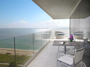 King Suite with Ocean Front View