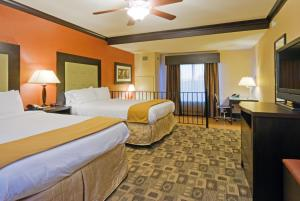 Holiday Inn Express Hotel & Suites Columbia-Fort Jackson, Hotely  Columbia - big - 12
