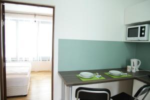 Studio ApartCity, Aparthotels  Braşov - big - 22