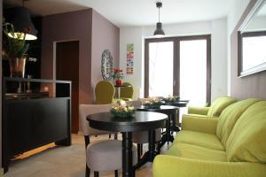 Studio ApartCity, Aparthotels  Braşov - big - 21