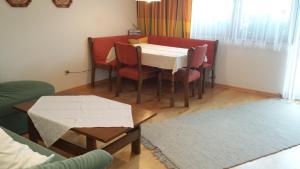 Haus Fichtenstamm, Apartmanok  Seefeld in Tirol - big - 11