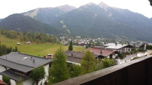 Haus Fichtenstamm, Apartmanok  Seefeld in Tirol - big - 35