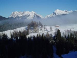 Haus Fichtenstamm, Apartmanok  Seefeld in Tirol - big - 43
