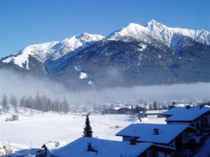 Haus Fichtenstamm, Apartmanok  Seefeld in Tirol - big - 44