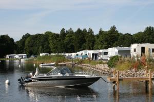 Dragsö Camping & Stugby, Campsites  Karlskrona - big - 46