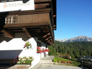 Haus Fichtenstamm, Apartmanok  Seefeld in Tirol - big - 47